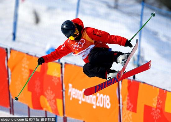 中国00后冬奥选手:给我们时间会飞得更高