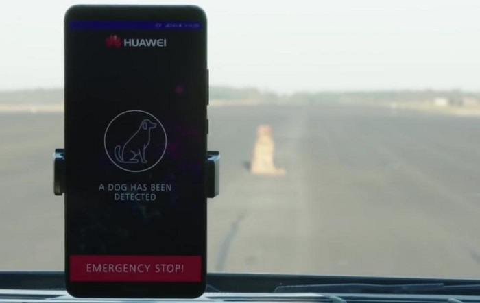 华为用Mate 10 Pro控制保时捷Panamera自动驾驶