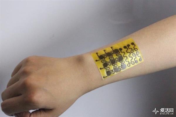电子皮肤实现完美自愈 还能反复回收使用