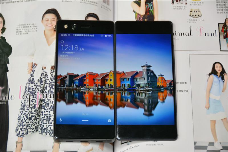 全球首款配备折叠屏幕智能手机 中兴Axon M图赏