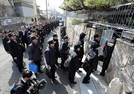 因涉嫌盗窃 日本多地警方对山口组进行大规模搜查