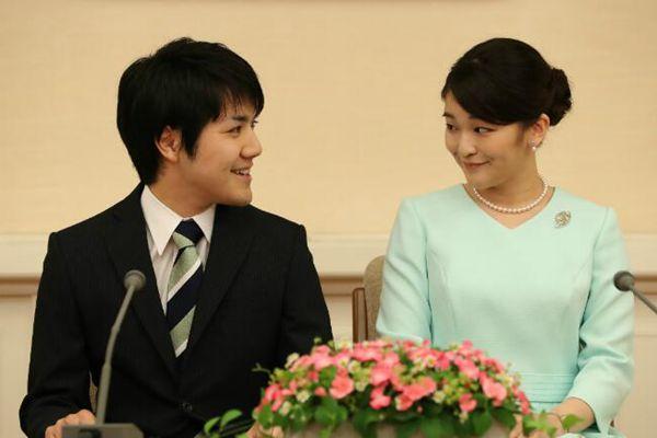 """真子公主未婚夫被指""""婚姻诈骗"""" 婚事或告吹"""
