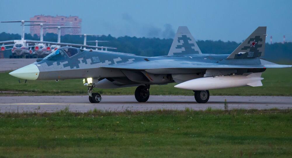 俄专家:俄制苏-57将超越美国F-22和F-35战机