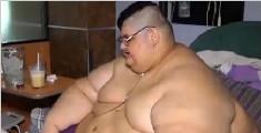 墨西哥男子两年减了500斤