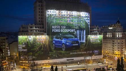 福特另类创纪录 新款翼搏广告牌刷新吉尼斯世界纪录