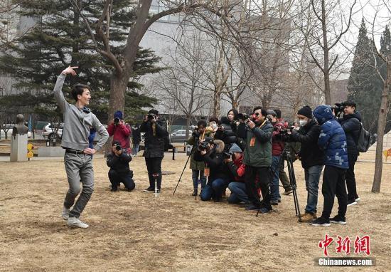 电子游戏网址大全:北京电影学院艺考开考_4.5万人次报考录取不到500人