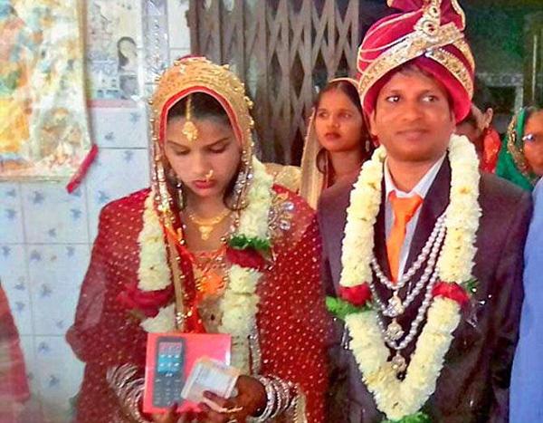 印度新郎因脱发被悔婚 两天后另找一女完婚