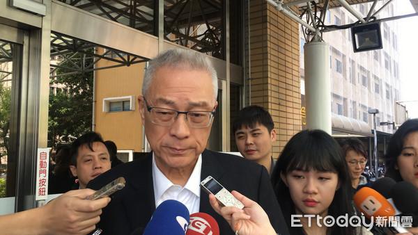 反年改民众坠楼重伤 吴敦义:蔡当局要负最大责任