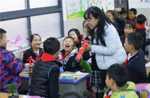 贵州学校作息时间检查:小学生到校时间不得早于8点
