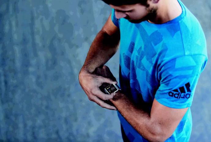Fitbit Ionic阿迪达斯版发布 零售价提升30美元