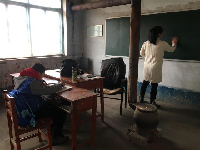 吉林乡村小学生源流失严重:开学典礼只剩一个学生