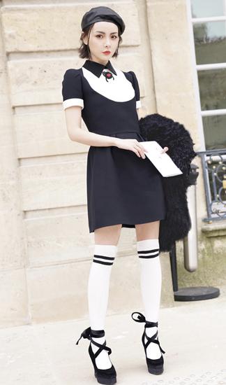 赵宇彤与Angelababy出席巴黎时装周引关注