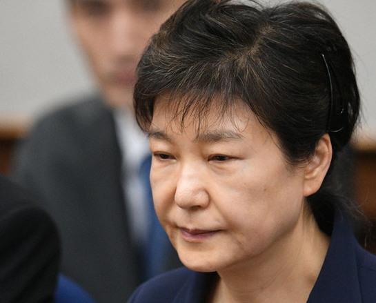 韩媒:朴槿惠不顾廉耻至今仍不反省 须严惩!