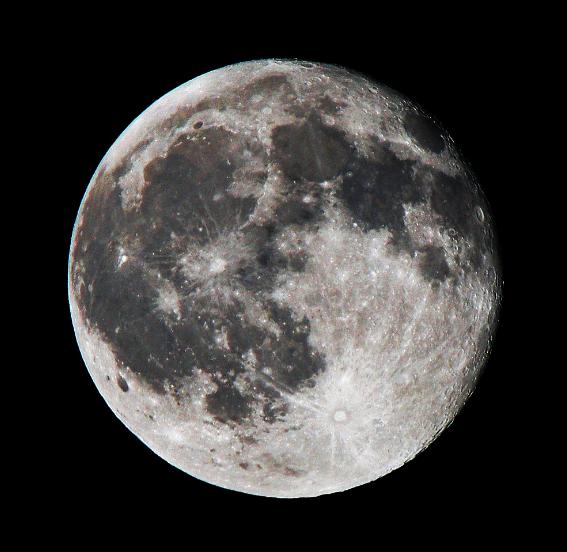 科学家对月球起源提出一个全新的理论
