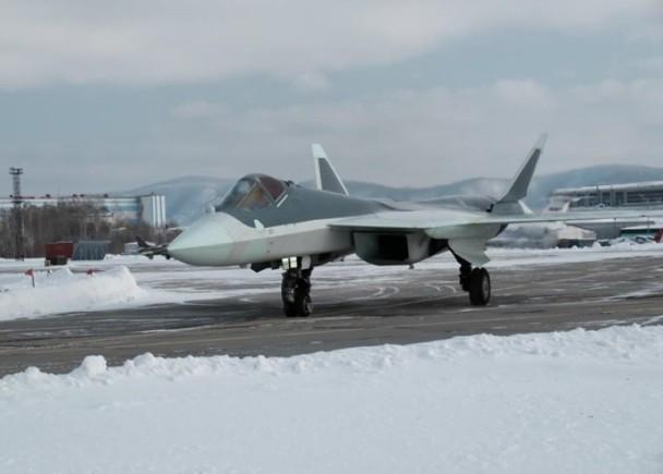 俄防长证实两架苏57战机曾飞往叙利亚战斗测试
