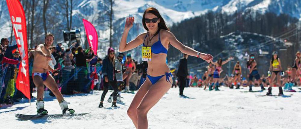 """高山滑雪 俄罗斯比基尼美女性感""""冻人"""""""