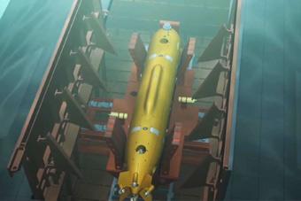 俄曝光超强续航隐身水下无人机 航母的编队灾难