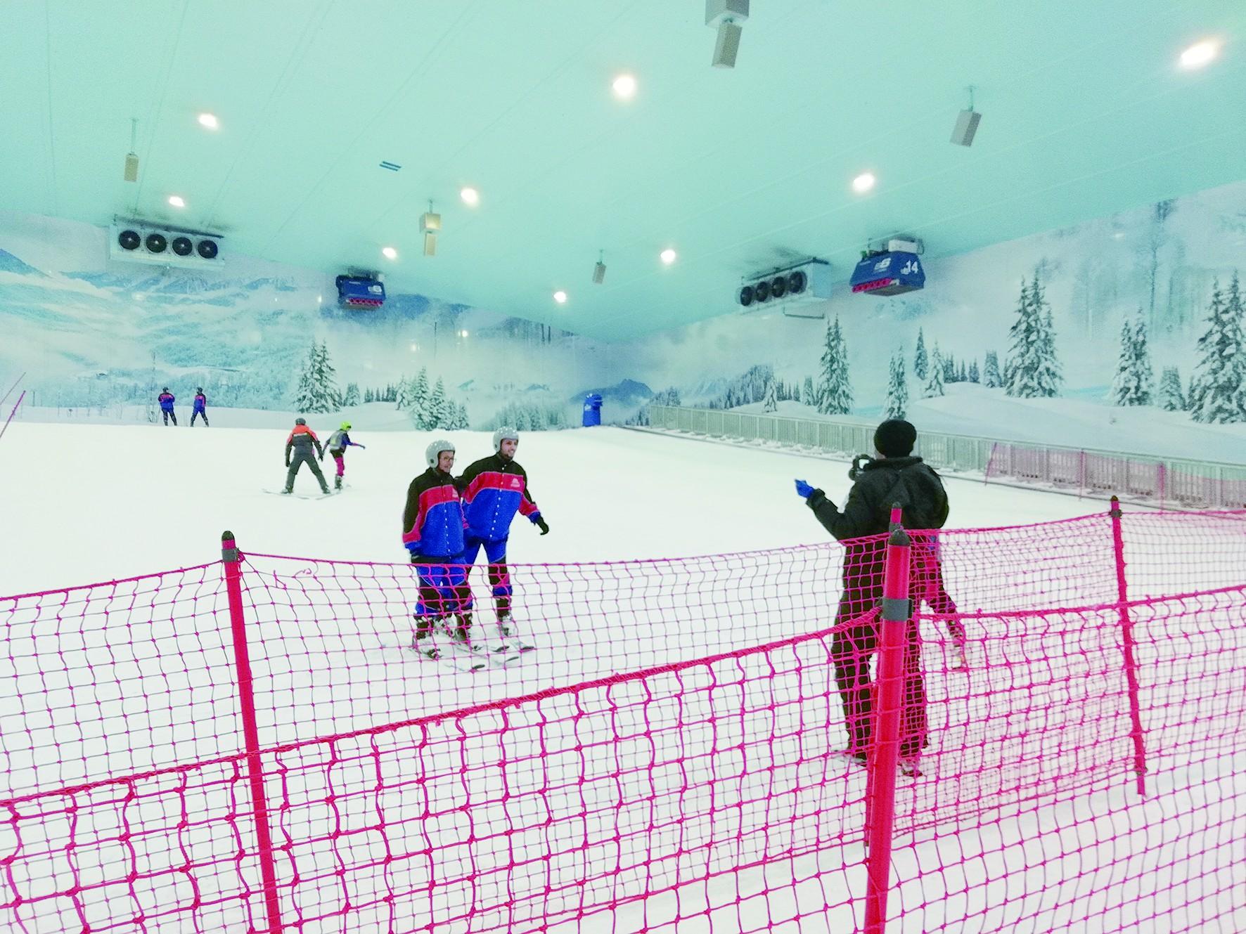 七千噸雪造雪場 非洲大陸第一家 在炎熱埃及體驗滑雪
