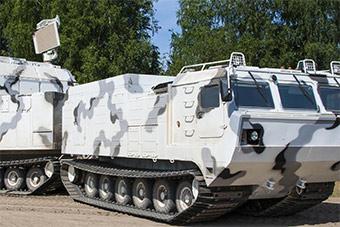 俄罗斯展示北极部队最新防空导弹