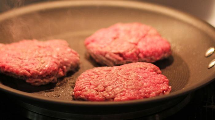 """""""人造肉""""离我们越来越近:除了不杀生还能节能减排"""