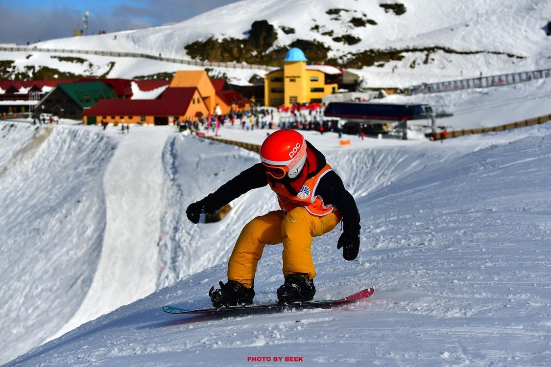 《新西兰滑雪手册》中文版首发活动在南山滑雪场举办