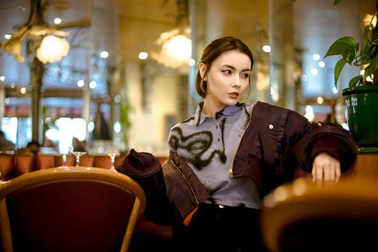 20180306024806573 - Polo衫混搭裙裝可以讓你潮范十足