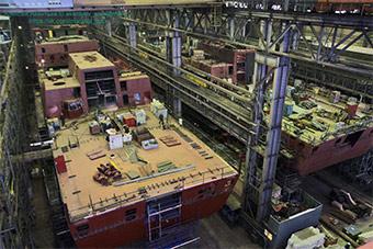 俄罗斯船厂内部曝光:多艘先进军舰正在建造