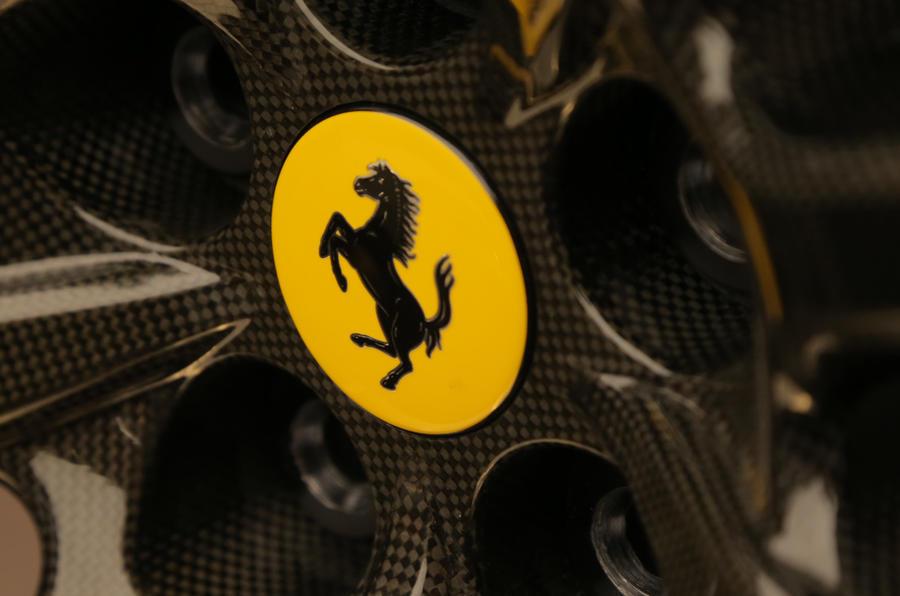 法拉利证实将于2019年推出首款混合动力汽车