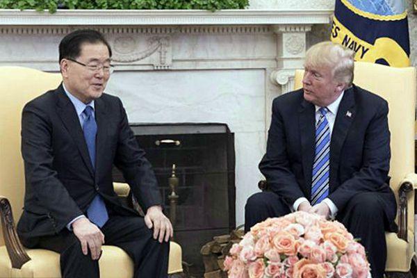 特朗普接见韩国总统特使团团长郑义溶