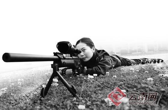 希望永不开一枪 云豹突击队女狙击手守护昆明