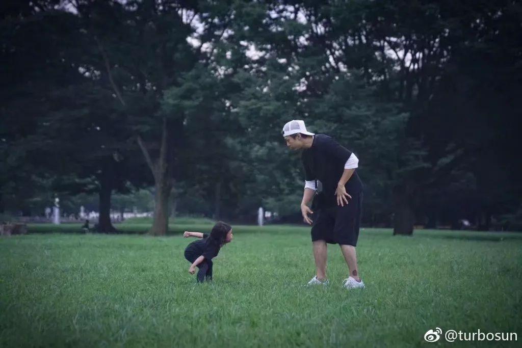 等等的理想是当爸爸,我们的理想应该是有邓超孙俪这对儿爸妈了吧?