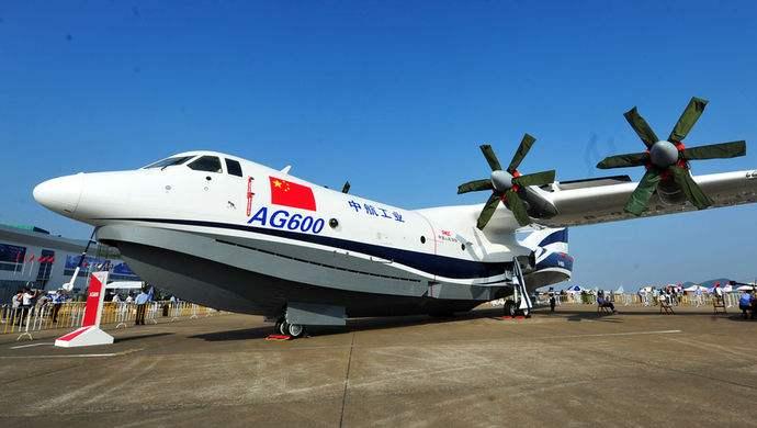 歼20、运20等装备或集体亮相第12届珠海航展