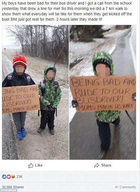 加母亲惩罚两子顶撞公交车司机 令其举牌步行上学