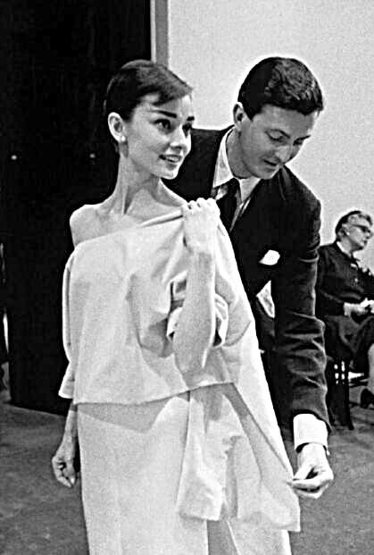 91岁法国时尚名人纪梵希去世 与赫本友谊长达40年