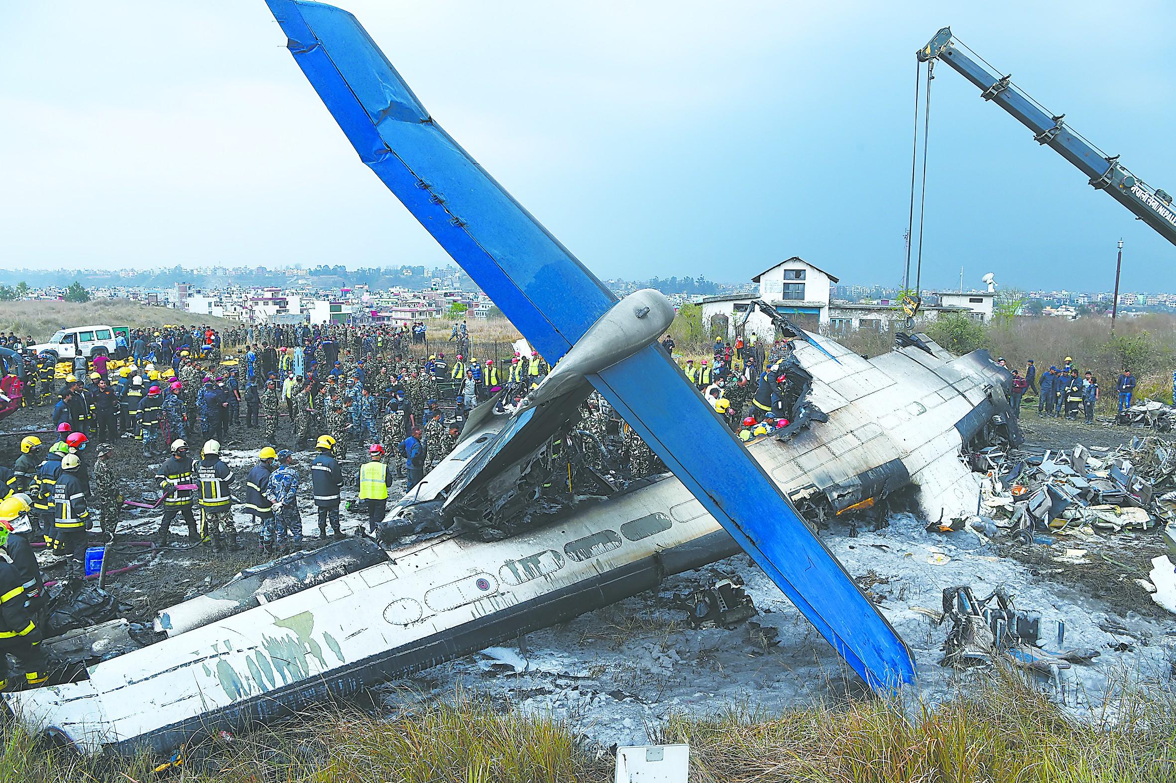 孟加拉国客机坠毁49人遇难 一中国公民伤亡情况不详