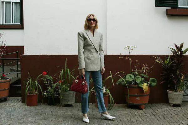 西装+牛仔裤怎么穿才好看?这5种套路高级又惊艳!