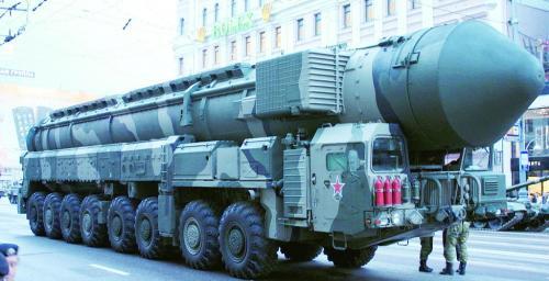 """图片说明:俄宣称""""萨尔马特""""洲际导弹可打击全球任何目标。"""