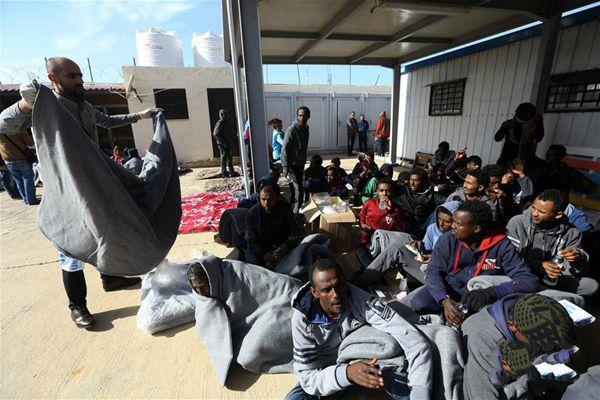 利比亚海军救起119名非法移民