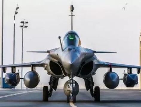 印度武器进口全球第一 印媒哀叹国内武器制造
