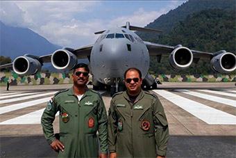 印军C-17运输机降落藏南 印媒兴奋鼓噪