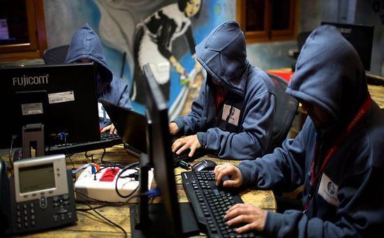 英国欲网攻俄罗斯底气何来?专家:英国不是对手