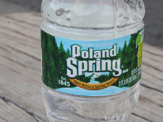 天然矿泉水只是普通地下水?雀巢被控巨额欺诈