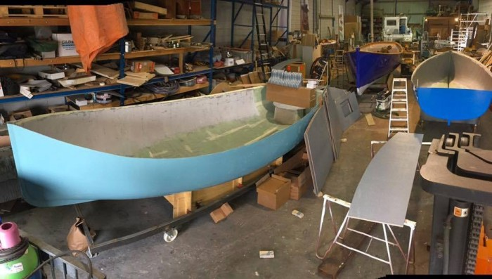 荷兰塑料鲸鱼用塑料废物制造办公家具