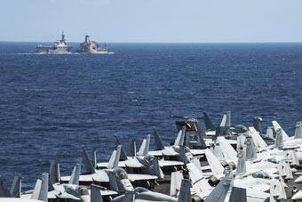 """美日两艘航母搞大规模演习 号称""""警告中国""""!"""