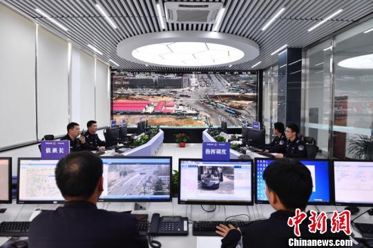 安徽首次引入无人机群管理交通