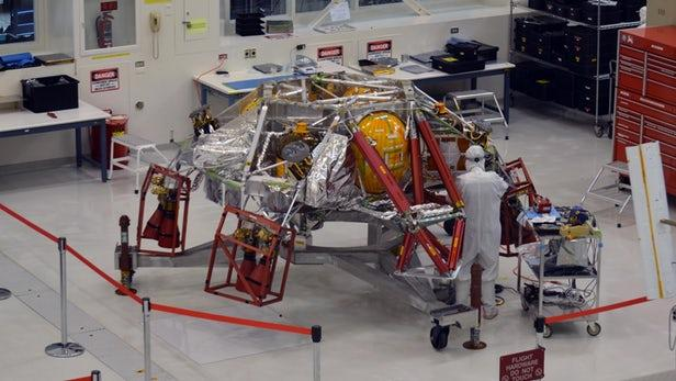 """NASA开始进行""""火星2020号""""探测器的发射前组装"""