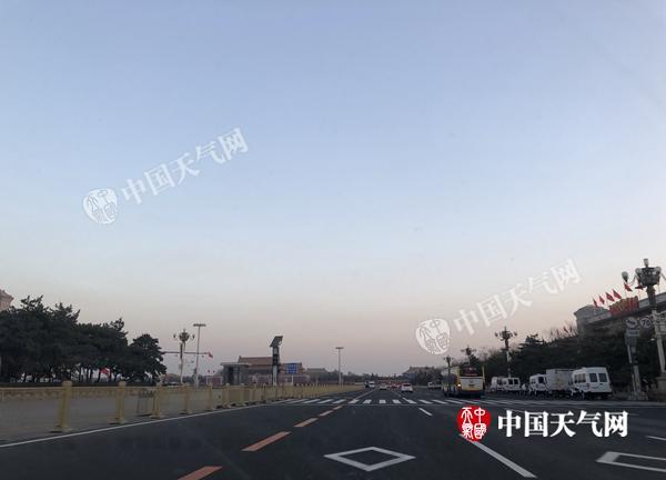 冷空气频扰北京今天再降温 气温低迷将持续至21日