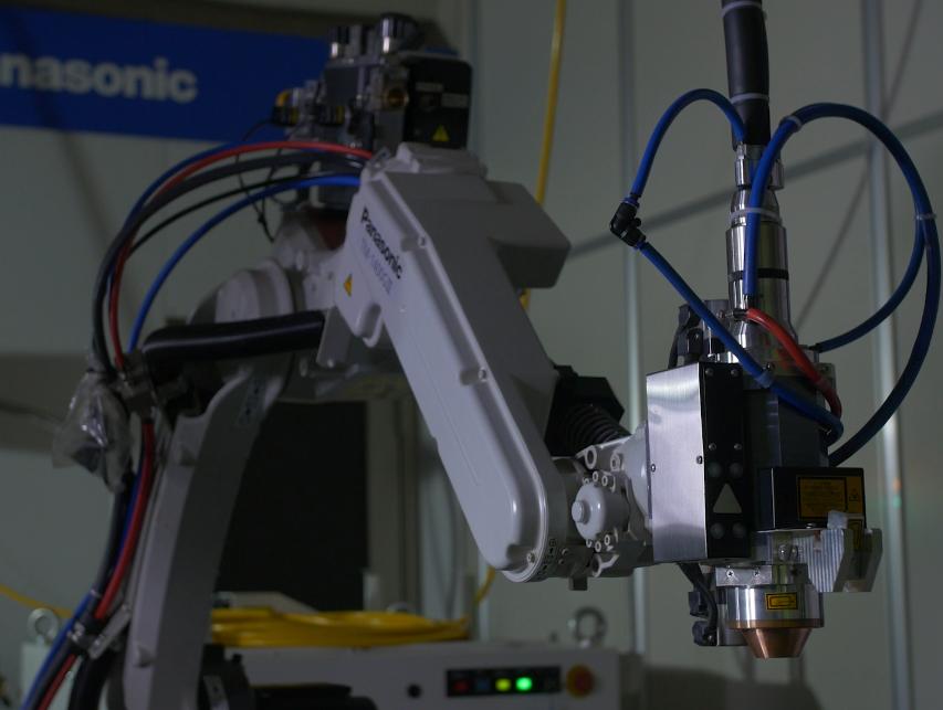 揭秘松下焊接机器人黑科技