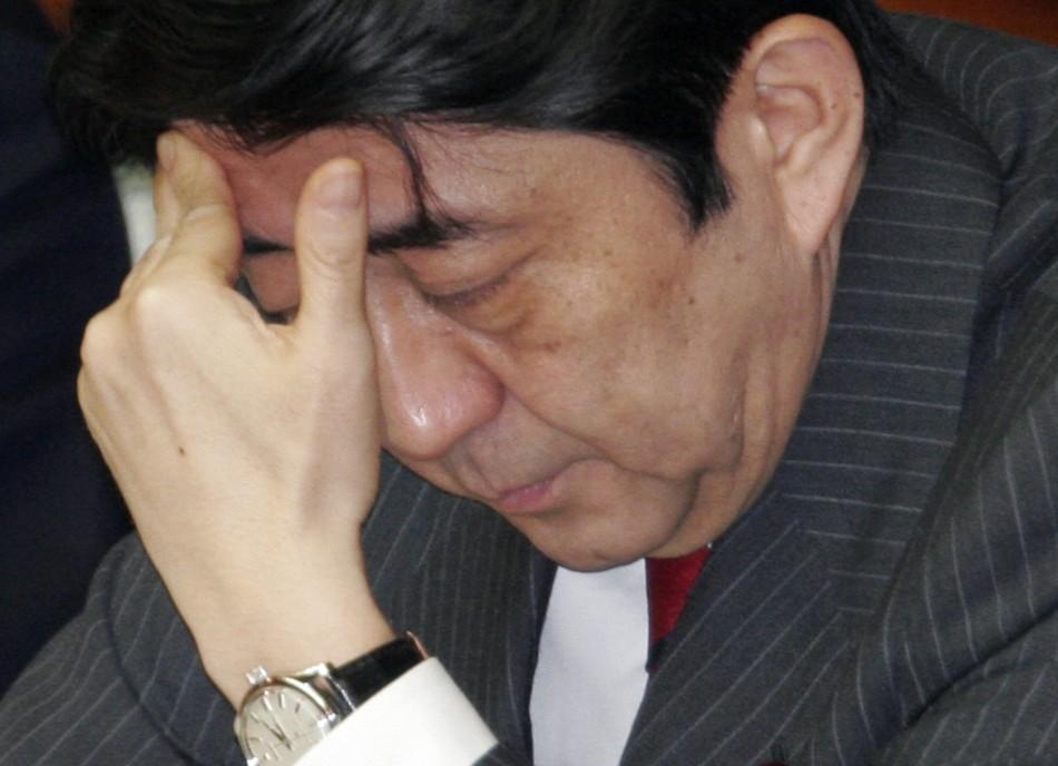 安倍内阁支持率因丑闻大幅下降,不支持率超过支持率!