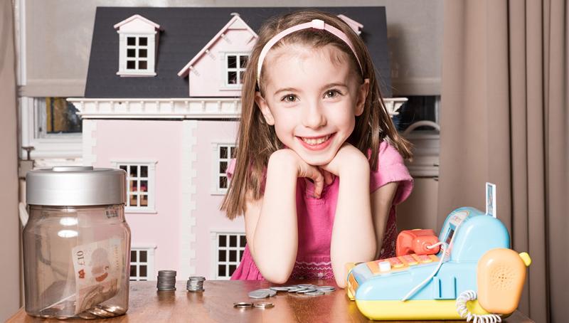 """""""金钱教育""""应该何时开始?专家:七岁之前,越早越好"""